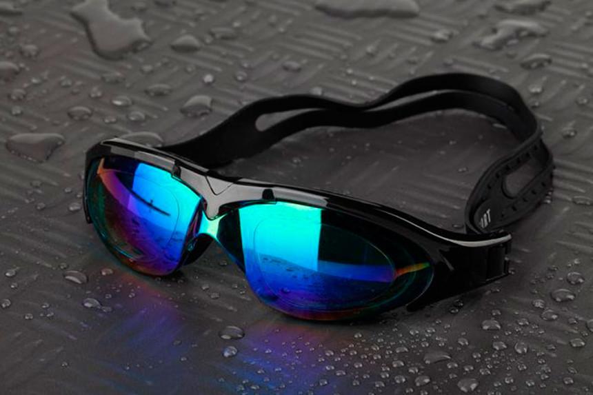¿Cómo escoger la medida perfecta de las gafas de natación?