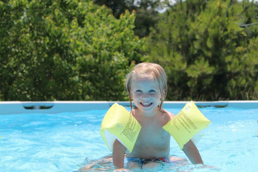 ¿Conoces los beneficios de la natación infantil?