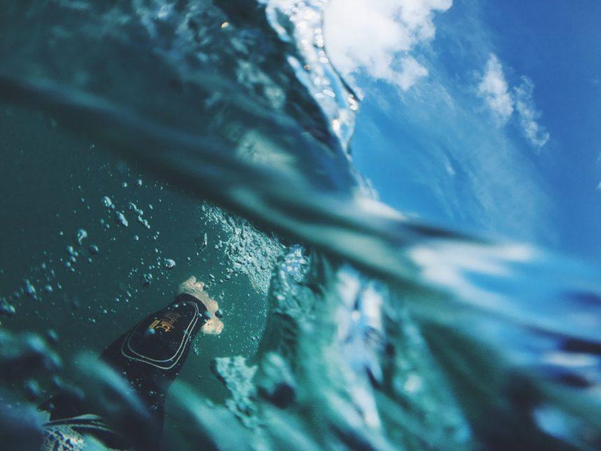 Aprender a nadar en aguas abiertas: cómo empezar