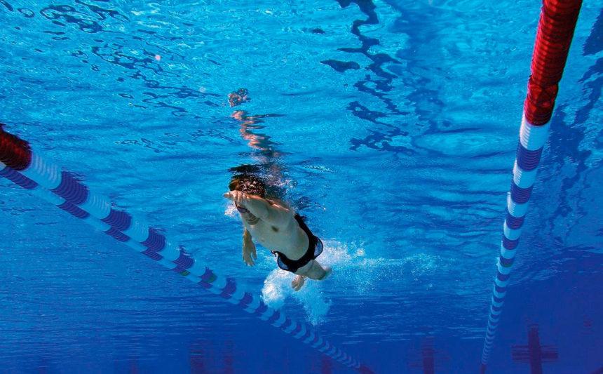 Bañador de Arrastre: Una ayuda para incrementar la fuerza dentro del agua