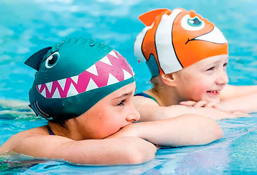 Gorros de natación: el complemento perfecto