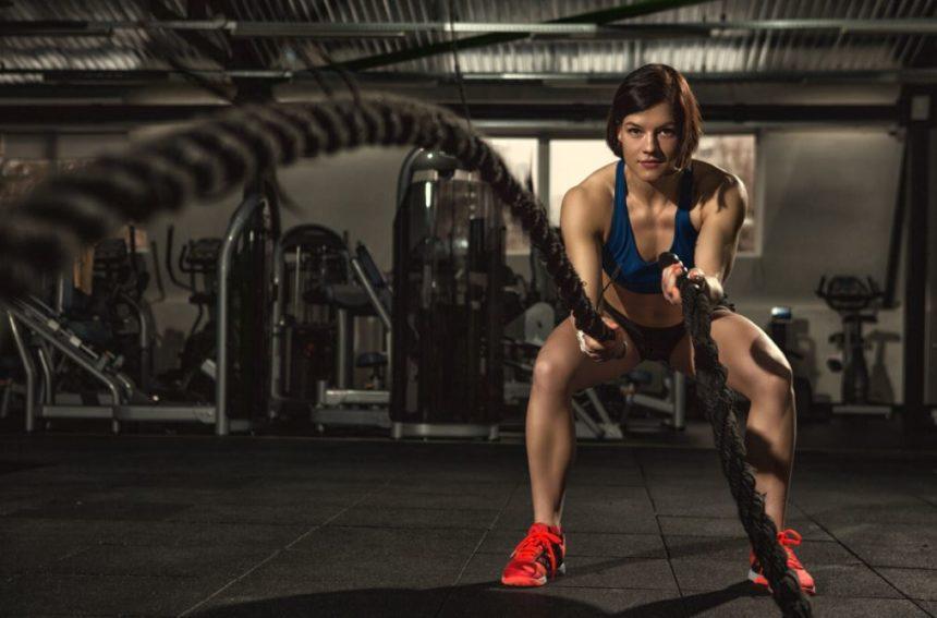 Hacer CrossFit y Natación: Pros y Contras de incluir este deporte en tus rutinas