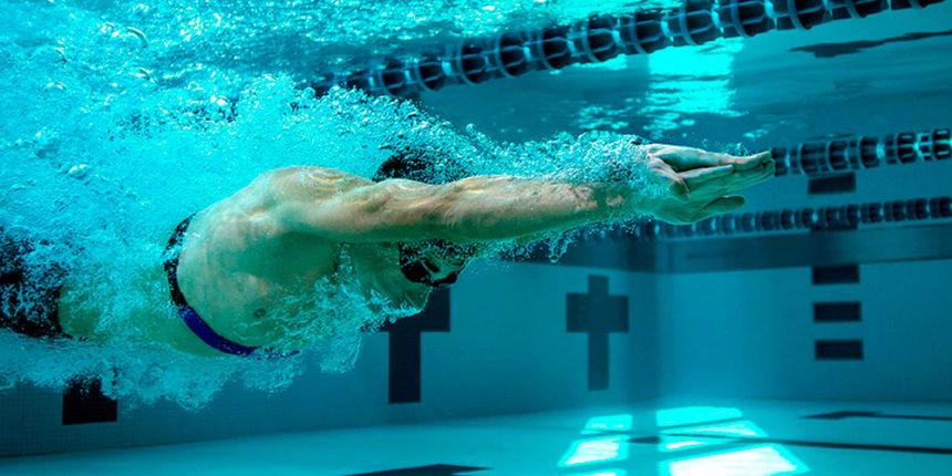 7 Ejercicios de Calentamiento antes de Nadar