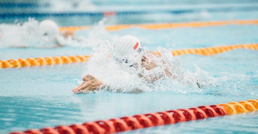 Trucos para mejorar la técnica al nadar